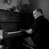 john cunningham au piano, un peu parti