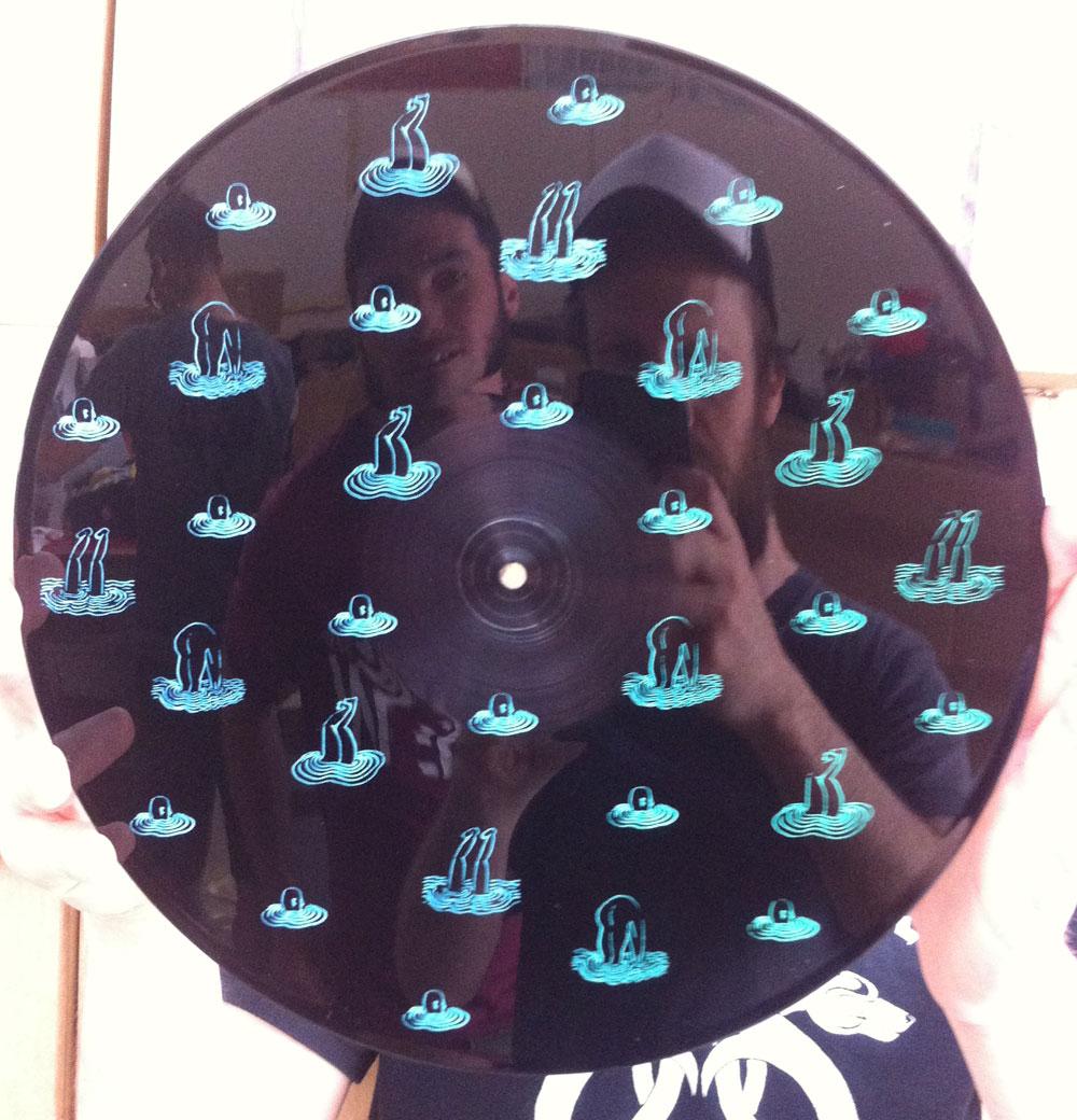 inaniel-vinyle-split-02